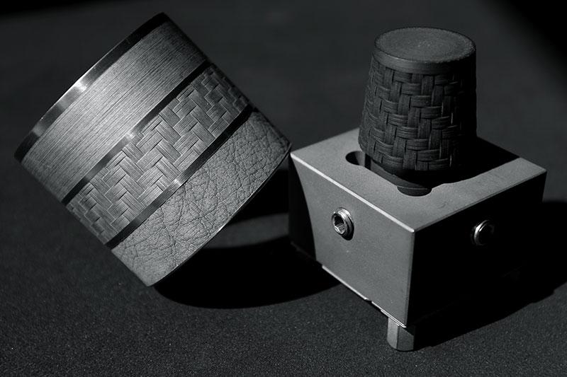 Finesse et précision d'usinage laser de texture sur moule